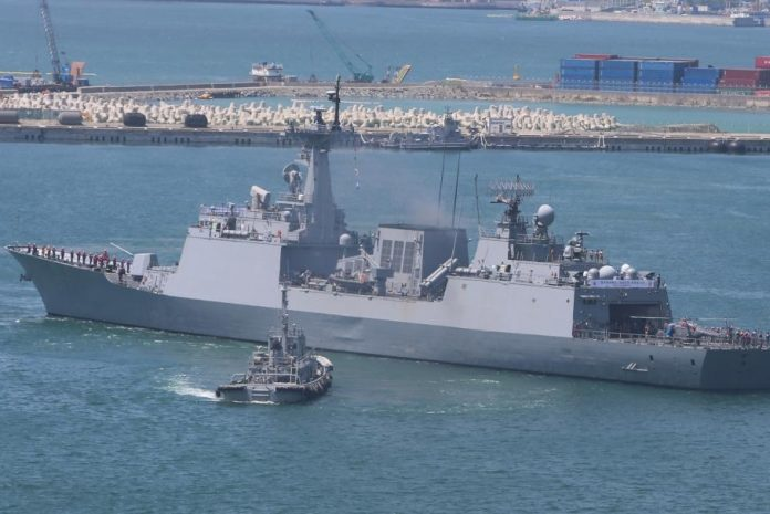 South Korea, Japan engage in anti-piracy drills near Somalia